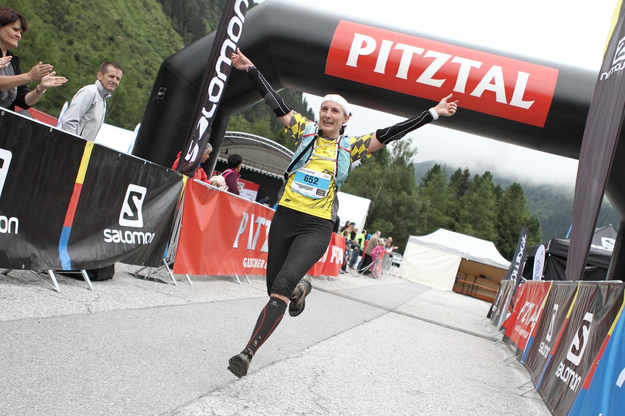 Sandra rockt den Pitz Alpine Glacier Trail